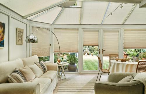 Pleated blind - ARENA-PLEATED-CONSERVATORY-
